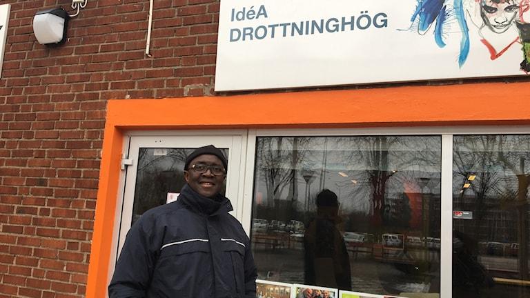 Saul Sagnia på Drottninghög i Helsingborg.
