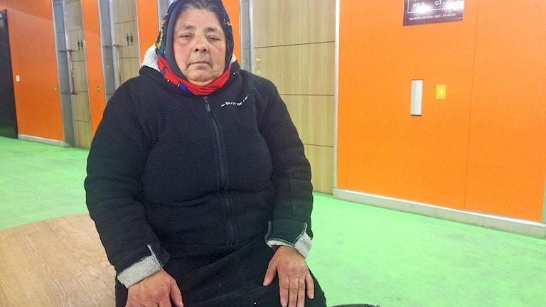 61-åriga Konstanta kräver ingenting från kommunen men skulle gärna vilja ha en trygg plats att sova på. Foto: Anna Landelius/Sveriges Radio