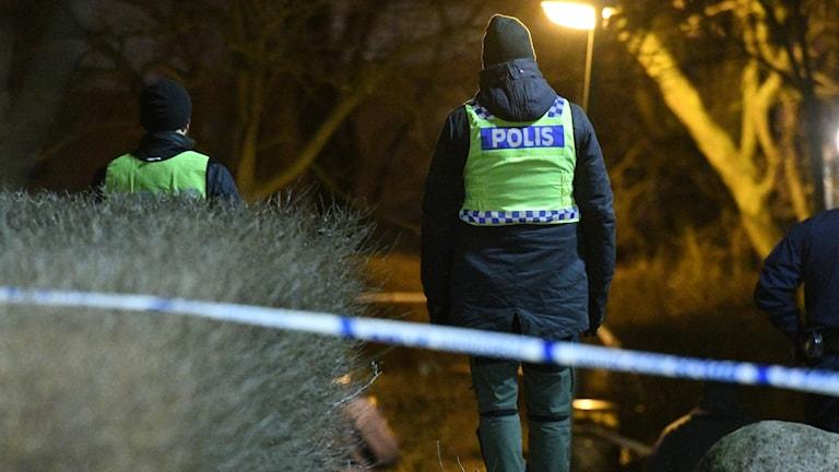 Polisen på plats efter dödsskjutning