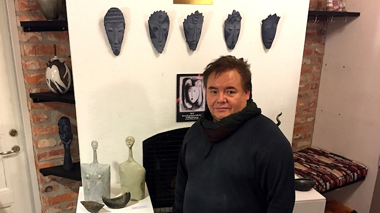 José Ulloa Serrano är en av konstnärerna på plats.