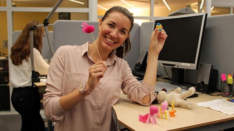 Hanny Dahl är psykologistudent och forskar på ämnet lek på jobbet.