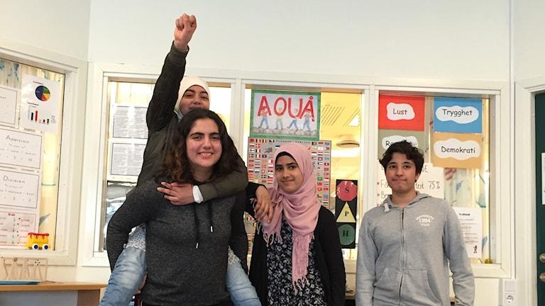 Fatma Al-Barih, Batoul Al-Zagnonn, Fatima Khalil och Armin Mirwali går i sexan på Kryddsgårdsskolan.