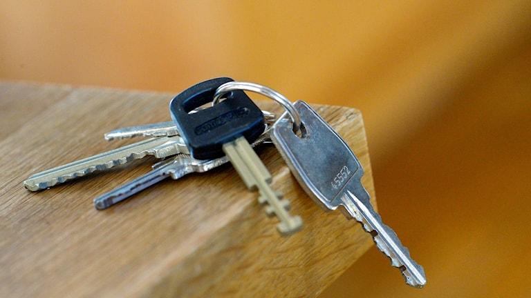 Tretton barnfamiljer i Malmö fick lämna ifrån sig sina nycklar under 2017.