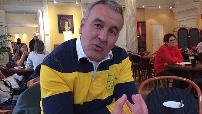 Tränaren Tony Ribeiro Dias är fast besluten att hålla fotbollen ren från matchfixning