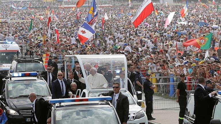 Påven Franciskus lockade en miljon till möte under världsungdomsdagarna i Krakow i Polen sommaren 2016. Foto: Gregorio Borgia/TT.