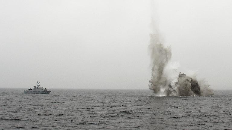 HMS Sturkö sprängde minan.