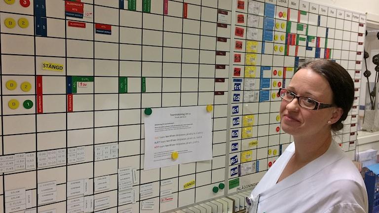 Caroline Elmér, sjuksköterska på ortopedens avdelning 12 i Lund, aktuell om urinvägsinfektioner. Foto: Petra Haupt/Sveriges Radio.