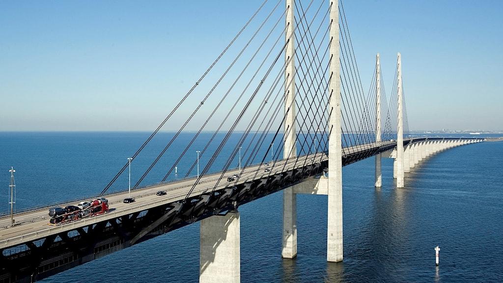 Flygfoto över Öresundsbrons motorvägsdel vid högbron. Foto: Drago Prvulovic/Öresundsbron
