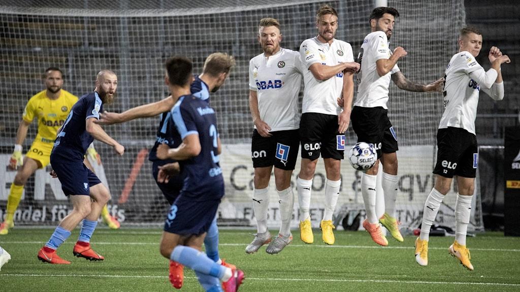 Matchbild mellan MFF och Örebro.