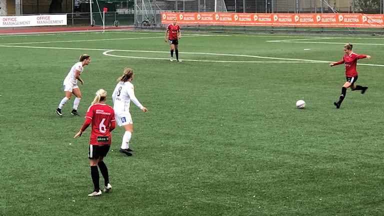 Julia Welin gjorde det avgörande målet mot Växjö i 95:e minuten.