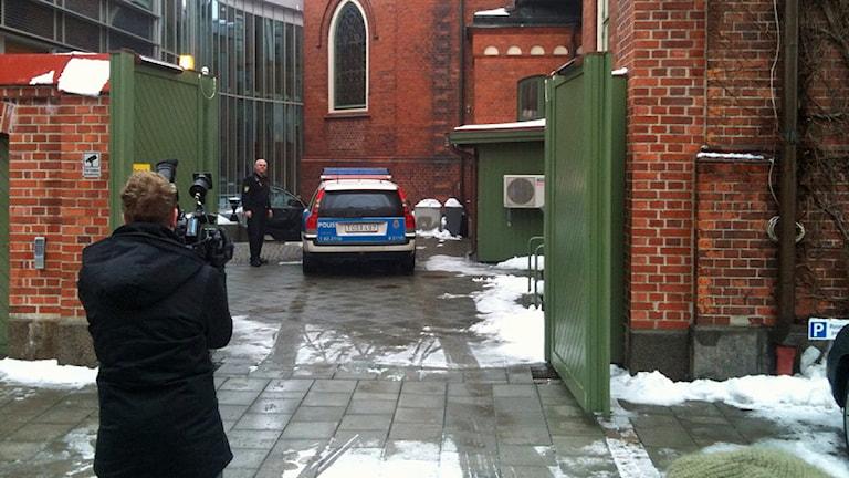 Häktningsförhandlingen mot gryningspyromanen hölls i Ystads tingsrätt. Foto: Erik Rosendahl/SR