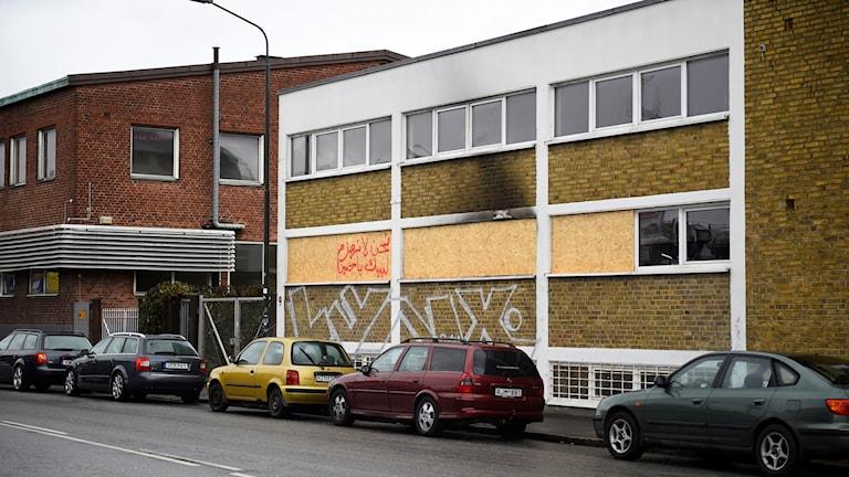 En muslimsk kulturförenings lokal i Malmö utsattes för brandattentat den 11 oktober.