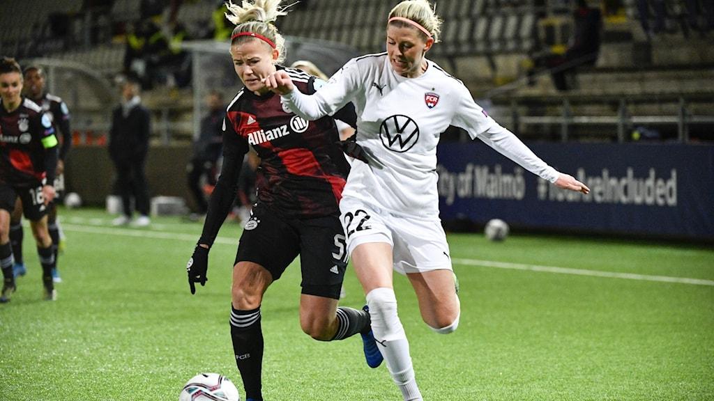 Bayerns Hanna Glas (tv) och Rosengårds Olivia Schough.