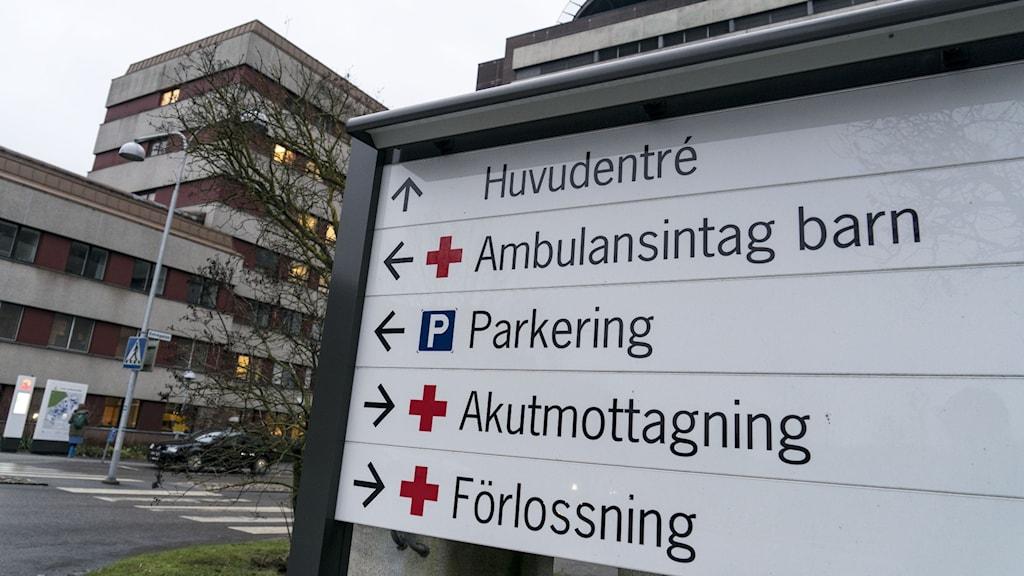 sjukhuset med skylt