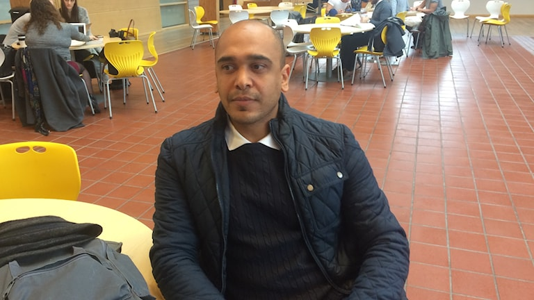 Nyanländ student från Syrien pluggar i Sverige