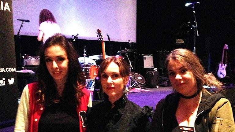 Sabina Chantouria, Sonja Skibdahl och Jenny Johansson, Femmuze.