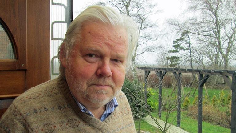 Kjell-Albin Abrahamson, radioprofil, utrikeskorrespondent känd för rapportering från Östeuropa. Foto: Odd Clausen/Sveriges Radio.
