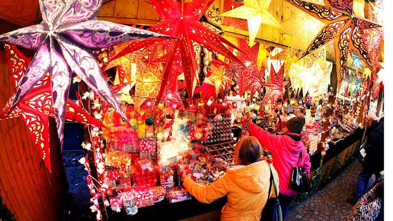 Ett julmarknadsstånd.