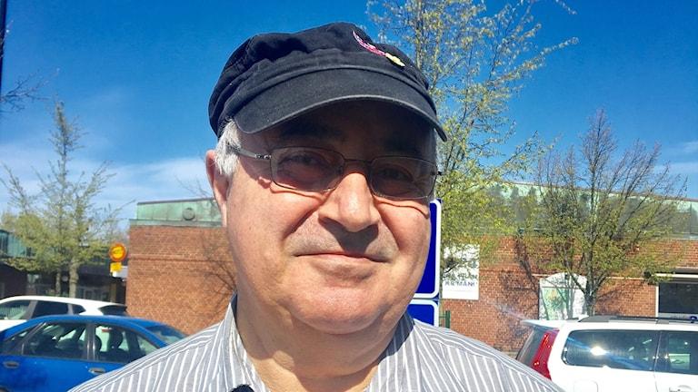 Kosmas Pechlivanidis i Bjuv undrar hur han ska klara sig på sin pension.