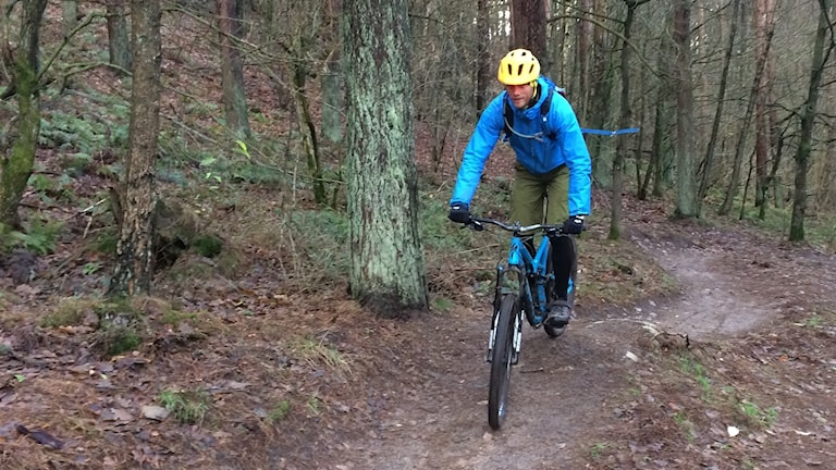 Fredric Piper, ordförande i Stiftelsen skånsk mountainbikeutveckling. Foto: Petra Haupt/Sveriges Radio