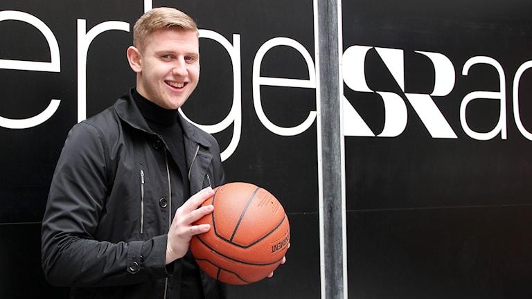 Andrée Michelsson, basketspelare från Malmö som gör succé som proffs på Island. Foto: Hans Zillén/Sveriges Radio.