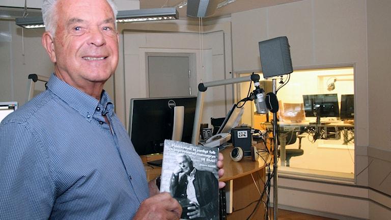 Dietmar Schmidt i Ystad lagade mannagrynsgröt till Elvis i Tyskland. Foto: Hans Zillén/Sveriges Radio.