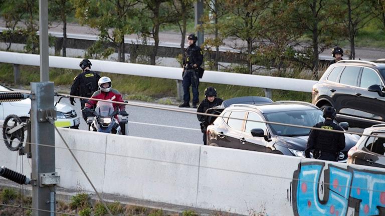 Dansk polis spärrade av Öresundsbron.