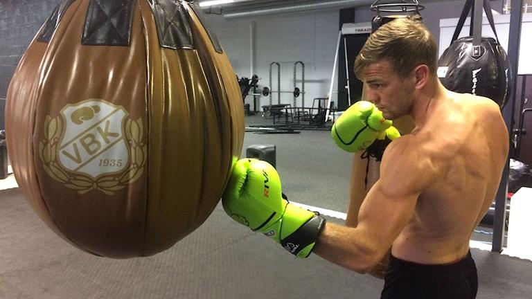 Sven Fornling, proffsboxare från Malmö, ska gå match om världsmästarbältet.