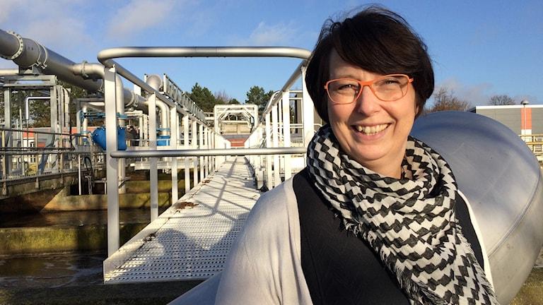 Kristina Göransson, driftschef på Sjöhög reningsverk i Ystad. Foto: Malin Thelin/Sveriges Radio.