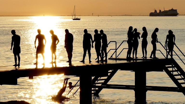 Folk badar i September på Scaniabadet i Malmö.