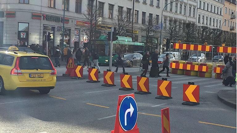 Här börjar det korka igen. Ombyggnaden av Järnvägsgatan/Drottninggatan i Helsingborg startar nu och kommer att hålla på länge.