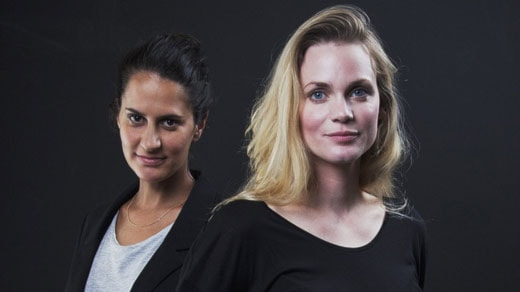 Sara Villius och Liv Mjönes (Foto: Mattias Ahlm/Sveriges Radio)