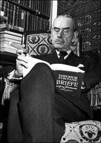 Thomas Mann i sitt hem i Zürich straxt före sin 80-årsdag 1955. (Foto: SVT Bild)