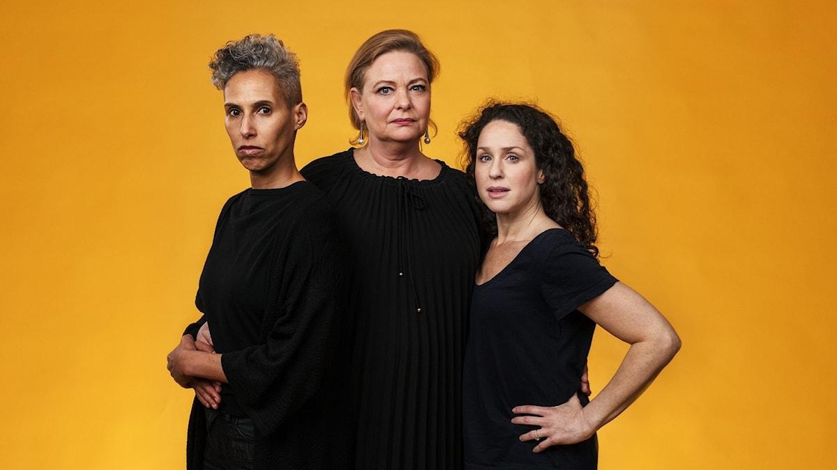 Ormarna av Marie N'Diaye med Maria Salah, Ia Langhammer och Sara Sommerfeld.