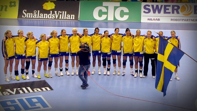 Sveriges damlandslag inför EM-kvalmatch i Arena Skövde som spelades 2011.