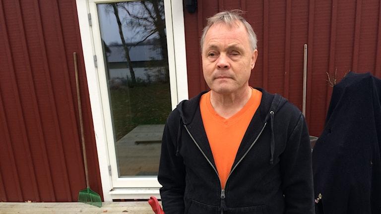 Synskadade Anders Josby är orolig inför framtiden.