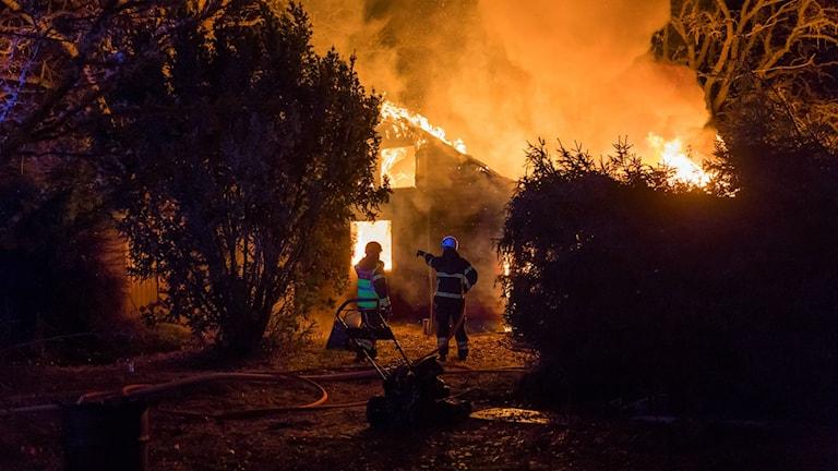 Villabrand i Naum