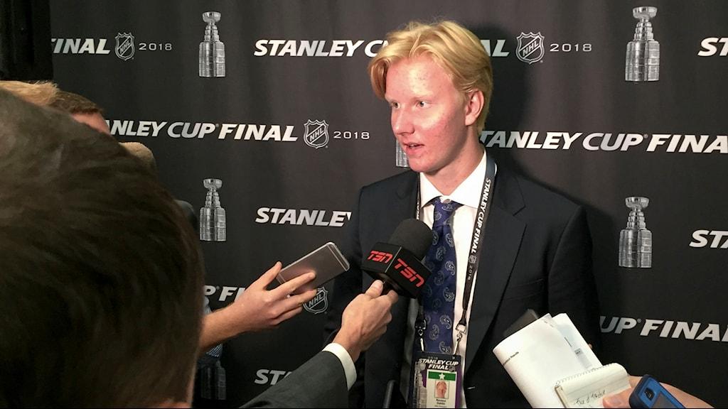 Intresset är enormt inför Rasmus Dahlins NHL debut i nästa vecka.