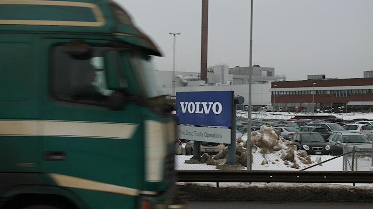Volvos fabrik för lastbilsmotorer i Skövde.