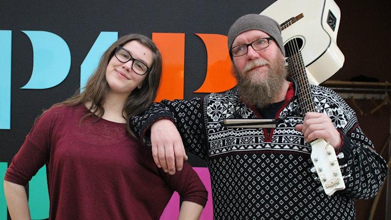 Jonny Bergman och Anna Gustavsson. Foto: Camilla Milton / P4 Skaraborg Sveriges Radio