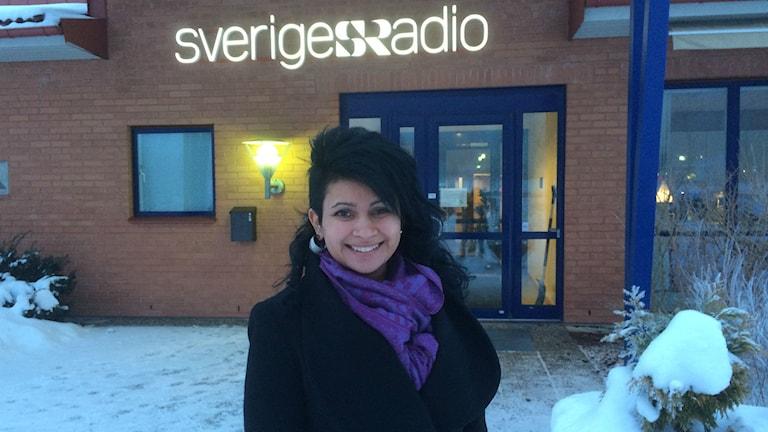Caroline Karlsson lämnar kylan för sitt livs resa till Indien. Foto Margareta Lilja P4 Skaraborg Sveriges Radio