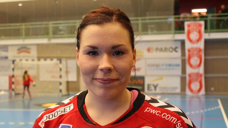 Sara Johansson i Skövde HF efter storsegern mot Tyresö. Foto Tommy Järlström P4 Skaraborg Sveriges Radio.