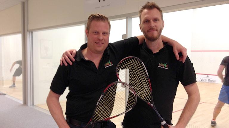 Magnus Holm och Anders Handfast driver squashanläggningen H2 i Lidköping. Foto: Petra Dydiszko, P4 Skaraborg/Sveriges Radio