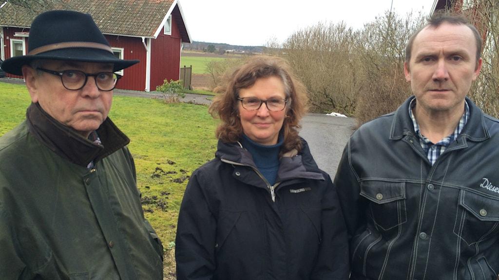 Robert Kessiakoff, Britt-Marie Borg och Hans Bergheden vill inte ha vindkraft i Björsäter.