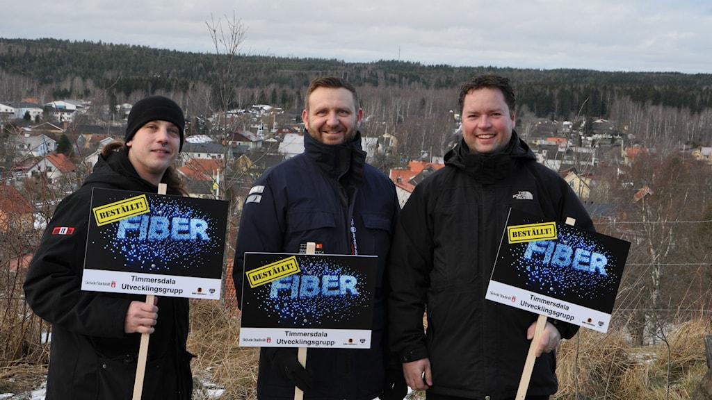 Fibergruppen i Timmersdala, bestående av Martin Skillingshage, Oscar Svantesson, Morgan Hammarström. Foto: Timmersdala Utvecklingsgrupp