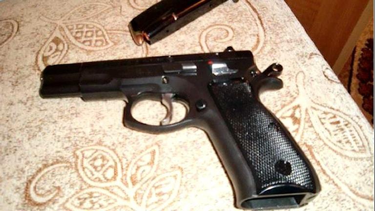Vapen. Bild ur förundersökningen.