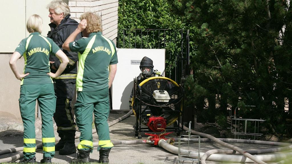 Räddningstjänsten släckte brandhärdarna omgående. Foto: Arne Lundström