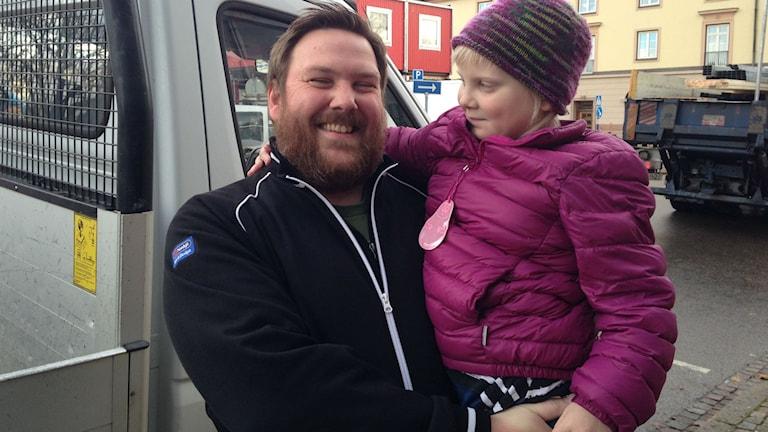 Rickard Apell och Sally Hedvall. Foto: Jenny Josefsson P4 Skaraborg Sveriges Radio