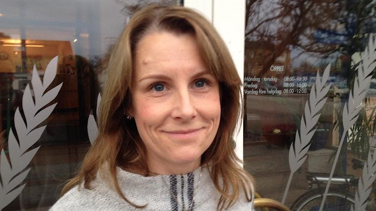 Näringslivschef Johanna Forslund Kullander är tveksam till rabatterna ur ett näringslivsperspektiv. Foto: Linnéa Frimodig/ Sveriges Radio