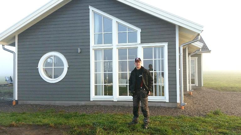 Första nybyggda huset i Floby på 25 år ägs av Thomas Täng. Foto: Privat